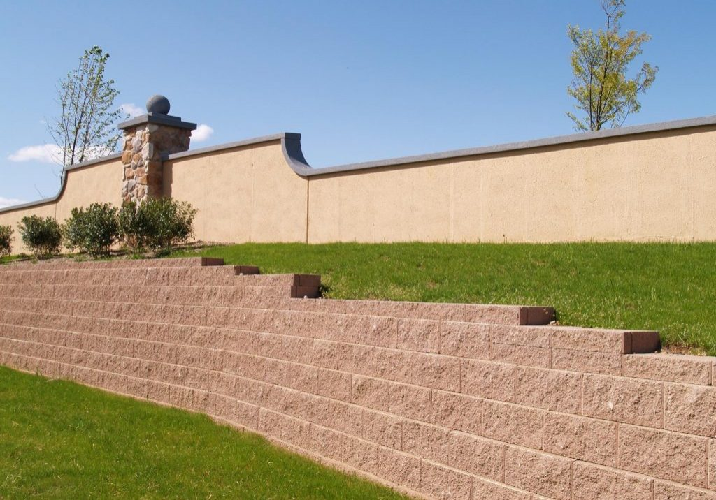 A picture of block wall construction in Escondido.