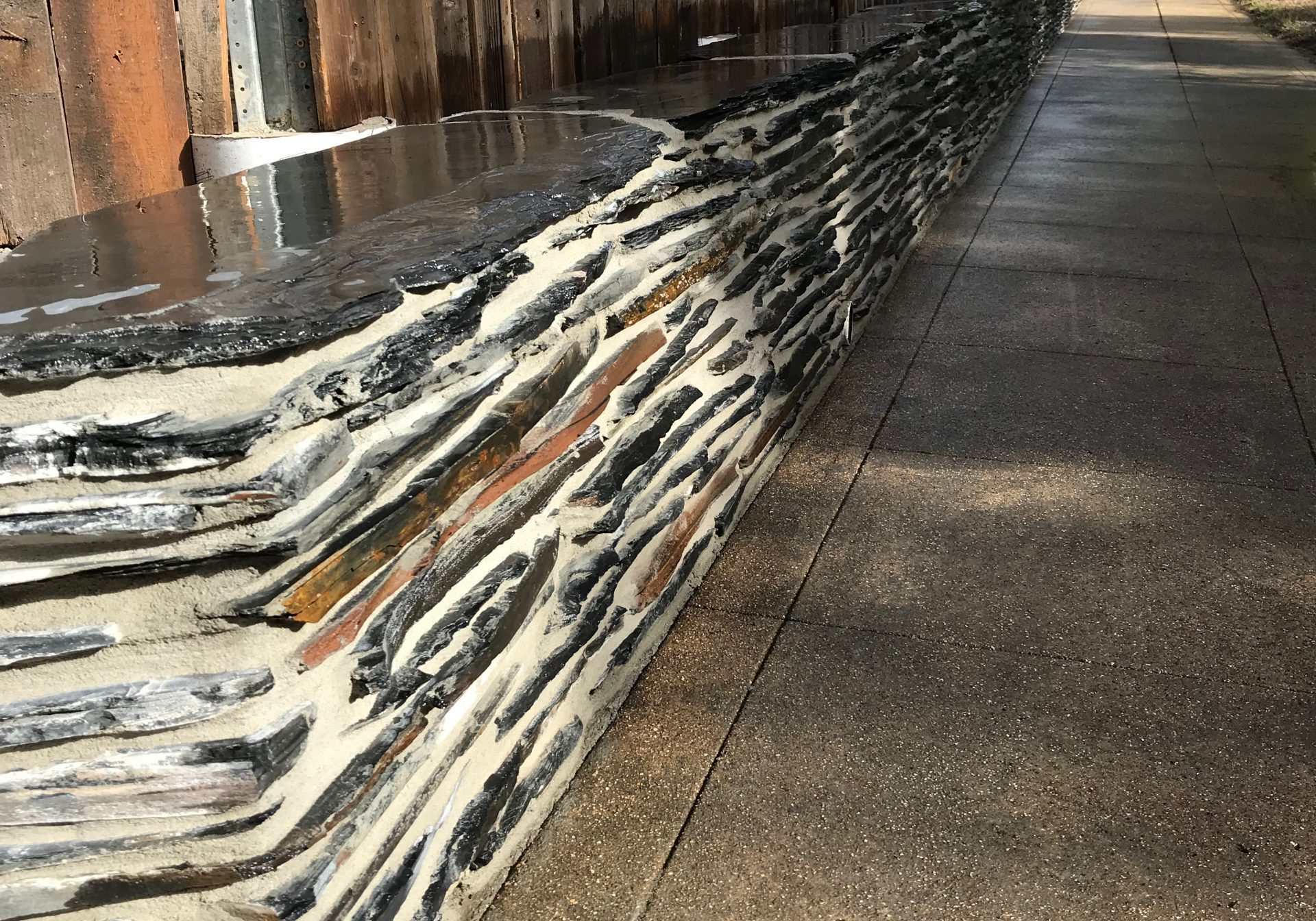 this image shows escondido stone veneer